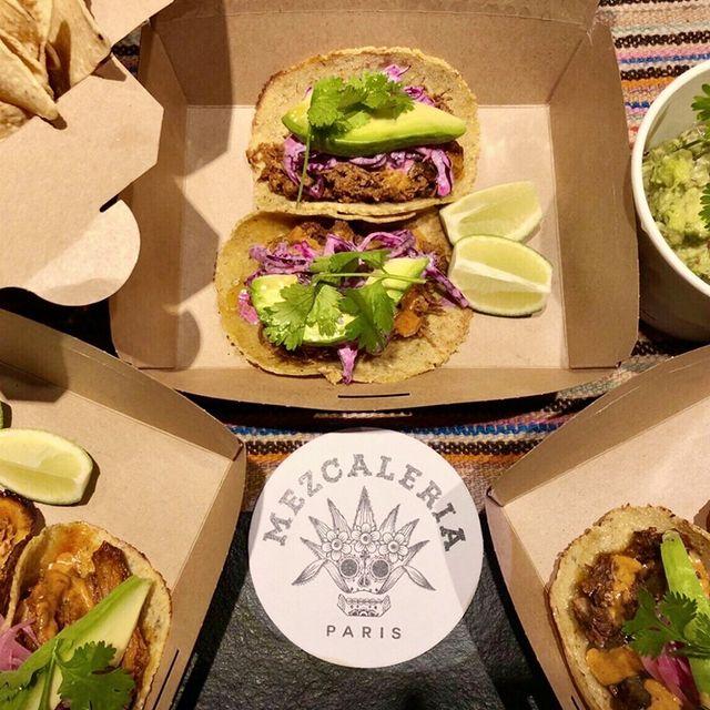 @lamezcaleria s'invite chez vous ! Guacamole, tacos, tortas, Mezcal... L'Amérique Latine à la maison, en livraison ou à emporter (lien du #clickandcollect dans la bio & via @ubereats_fr)