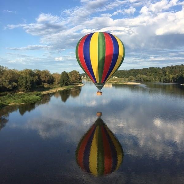 survol chateau de la loire en montgolfiere