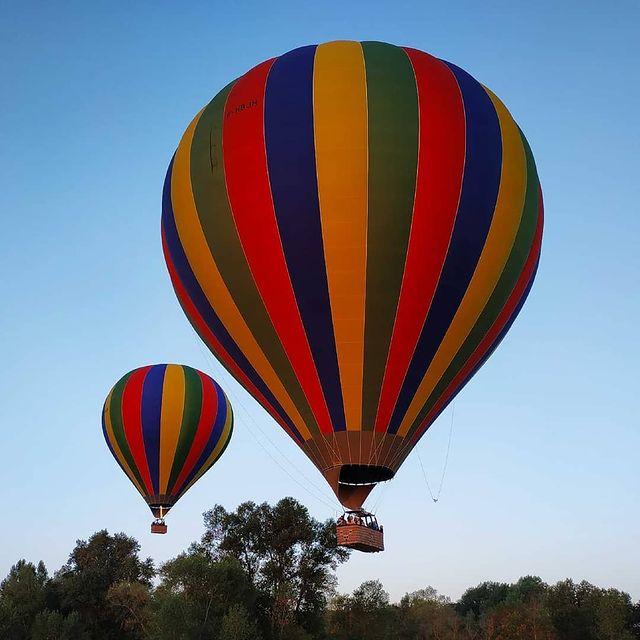 week end montgolfière château loire coucher soleil