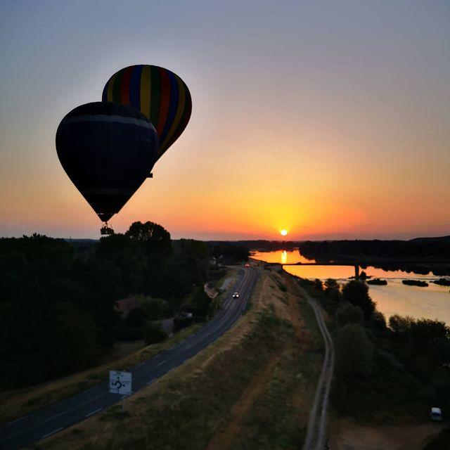 tour montgolfière loire