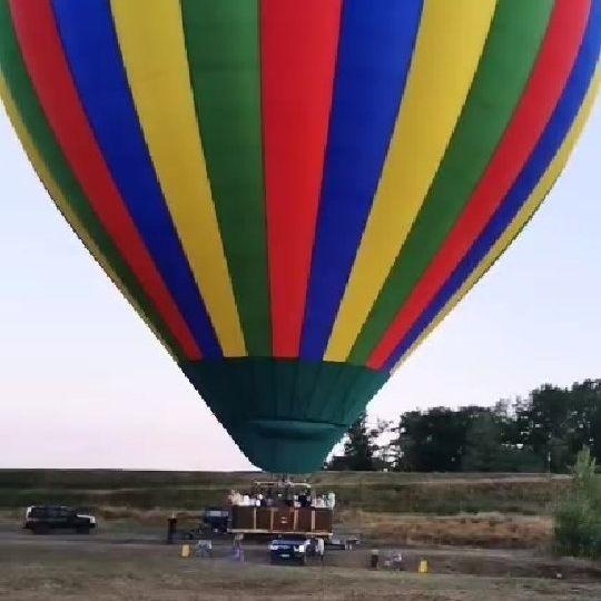 survol chateaux de la loire en montgolfière