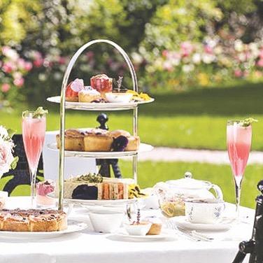 Château de Beauvois' outdoor gardens provide the perfect scenery to sit outside, and enjoy a cup of tea or champagne with delicious appetizers from Le Louis XIII Restaurant 🥂   ~~~~~~~~~~~~~~~~~~~~~~~~~~~~~~~~~~~~~  Les jardins extérieurs du Château de Beauvois offrent le décor idéal pour s'asseoir dehors et déguster une tasse de thé ou de champagne avec de délicieux apéritifs du restaurant Le Louis XIII 🥂 • • • #ycmoments #chateaudebeauvois #younancollection #hotel #travel #restaurant #hotels #holiday #vacation #love #interiordesign #resort #luxury #design #hotellife #hospitality #instagood #food #architecture #cafe #summer #photography #travelgram #nature #bar #beach #relax #spa #lelouisxiii