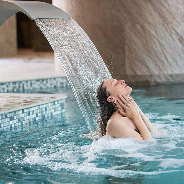 ✨A partir de 50 €, offrez ✨ la magie de Massillan avec un bon cadeau, 🎁sans vous déplacer en cliquant sur notre site (lien dans la bio).  👉 Faites plaisir, offrez l'exceptionnel !  Durée de validité : 365 jours (réévaluation en fonction de la crise sanitaire)  #boncadeau #noël #xmasgift #offrir #cadeaudenoel #massage #spa #luxuryplaces #spaday #bienetre