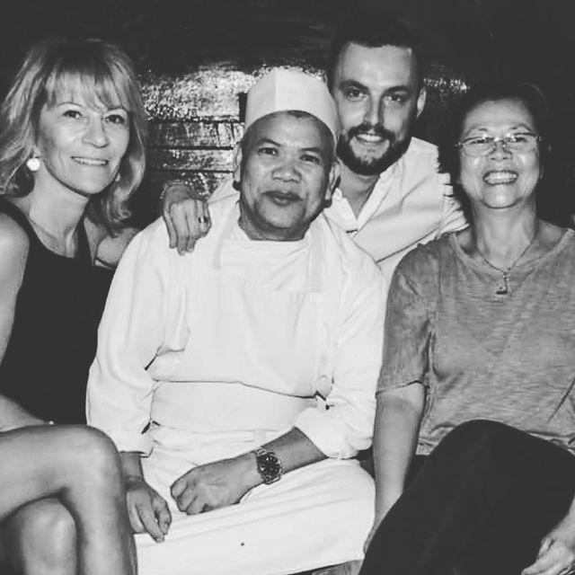 Team Grand Café Saint Tropez  Reservation / Booking ☎️+33 4 94 97 21 23  #grandcafesainttropez #grandcafe #maisontournier #sainttropez #asianfood #restaurantsainttropez #sushis #restaurantriviera #bestasianrestaurant #instafood #deliciousfood #lovelyfood #summeroflove #asianlifestyle #thisissainttropez #restaurantasiatique #maisontournier