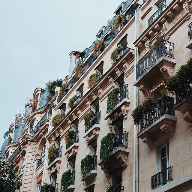 In the heart of Paris, typical Haussmanian facade