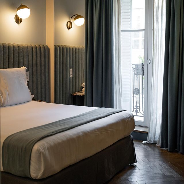 Your Parisian room for the weekend