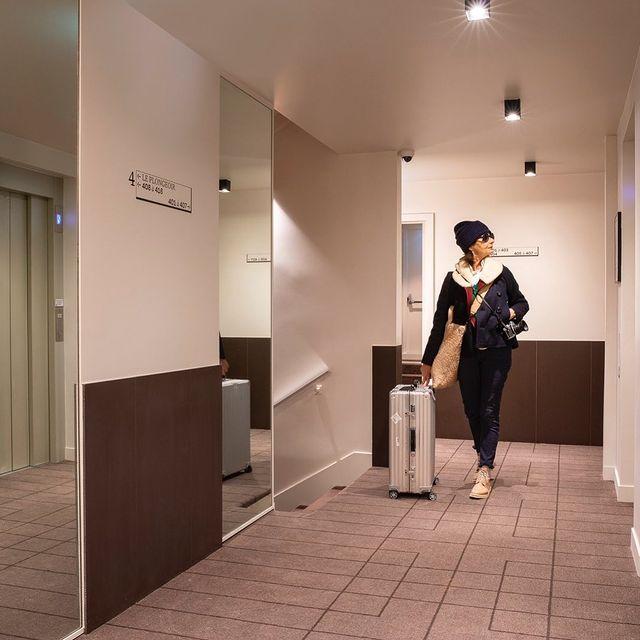 🍸 Profitez des nombreux services que l'Hôtel du Port met à votre disposition :   • Room Service  • Parking  • Conciergerie  • Famille  • Évènements  Nos équipes professionnelles sont à votre disposition pour satisfaire vos besoins.   Alors, n'hésitez plus et venez vous détendre et vous délecter à l'@hotelduportnogent !   🇬🇧 Take advantage of the many services that the Hotel du Port puts at your disposal:  • Room Service  • Car park  • Concierge  • Family  • Events  Our professional teams are at your disposal to meet your needs.  So don't hesitate any longer and come relax and indulge yourself at @hotelduportnogent!  #hotel #hotelduport #hotelduportnogent #nogentsurmarne #valdemarne #hotellerie #Paris #enjoylife #photography #besthotel #hotellife #bestaddress #getaway #beautifuldestination #cityguide #bestofparis #roomservice #conciergerie #events #carpark