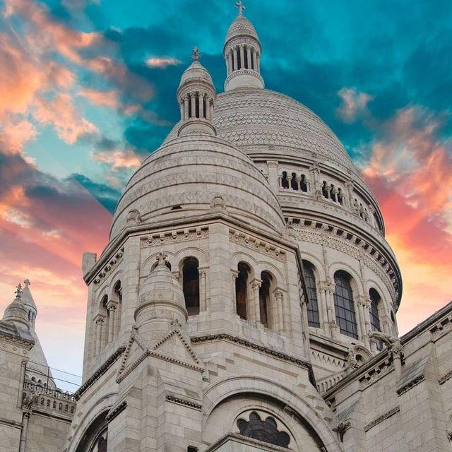Sky on fire above the Sacré Coeur⛪🧡