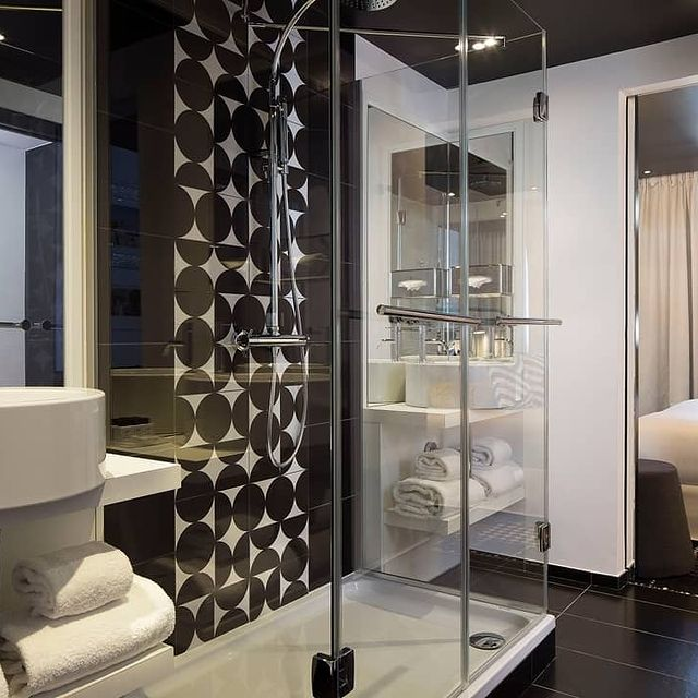 Our bathrooms are all as charming and atypical as our rooms 🛀💆♀️!