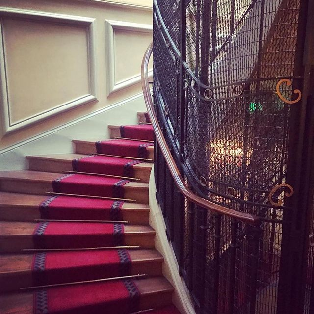 hotel paris pres theatre mogador