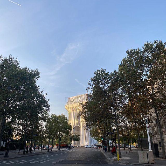 🎁Wrapped Arc de Triomphe @christojeanneclaude