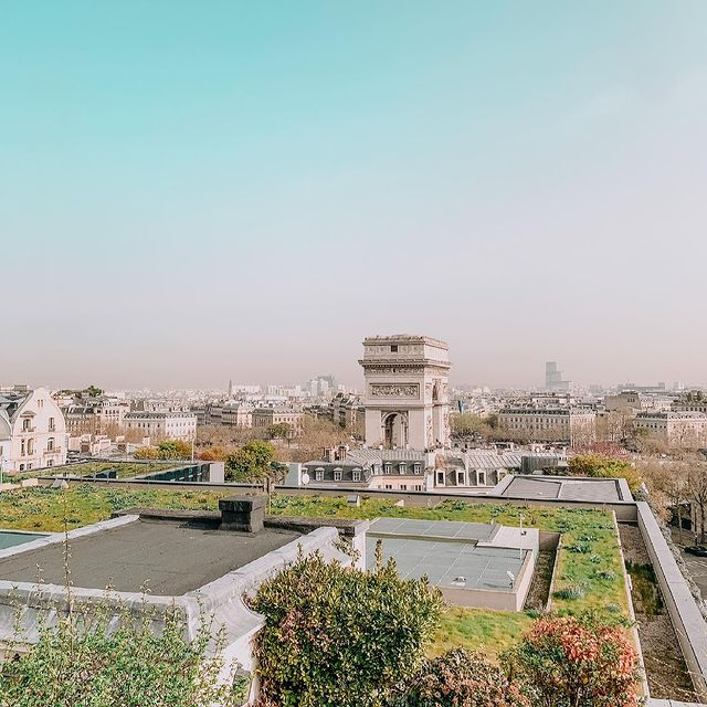 rooftop hotel paris
