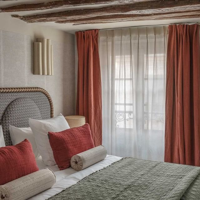Le Sookie, une maison de copains de 31 chambres naturelles et chaleureuses. - The Sookie, a friend's house with 31 natural and warm rooms.  #hotelsookie #newconcept #parisianhotel #parislemarais #parisdoitbetter