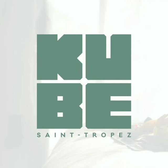 L'été approche, l'ouverture du Kube Saint-Tropez également ! Afin de profiter d'un séjour inoubliable, nous vous faisons remporter 2 nuits pour 2 personnes au Kube Saint-Tropez ! Rendez-vous dès lundi prochain sur notre compte Instagram pour tenter de remporter ce séjour de rêve !  Summer is coming, the opening of the Kube Saint-Tropez too! To enjoy an unforgettable stay, participate to win 2 nights for 2 people at the Kube Saint-Tropez! See you next Monday to try to win this dream stay  #kubesainttropez #frenchriviera #kubesainttropez #vacationtime #traveltheworld #gassin #resort