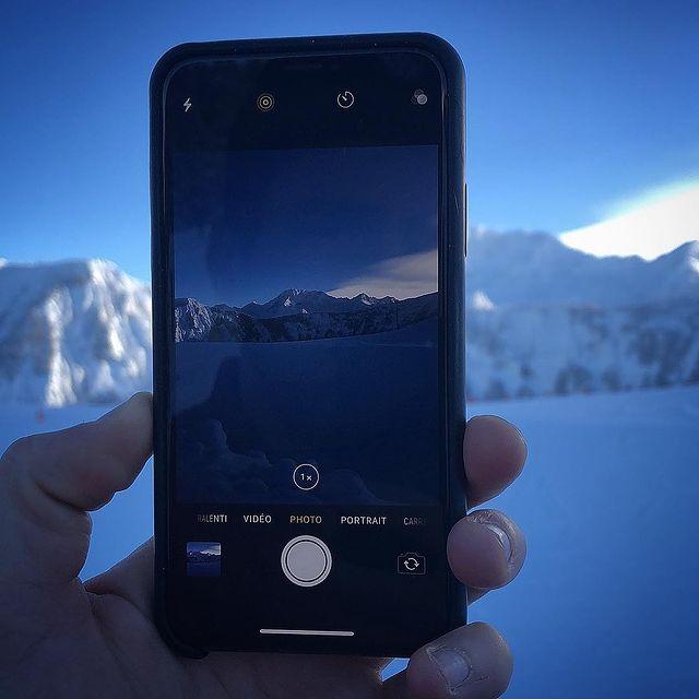 #lacasserole#couchevel#iphonex#Kуршевель#picoftheday#landscape#cvlmoment#frenchalp#bestviewfromwork#mountain#fullofsnow#зима