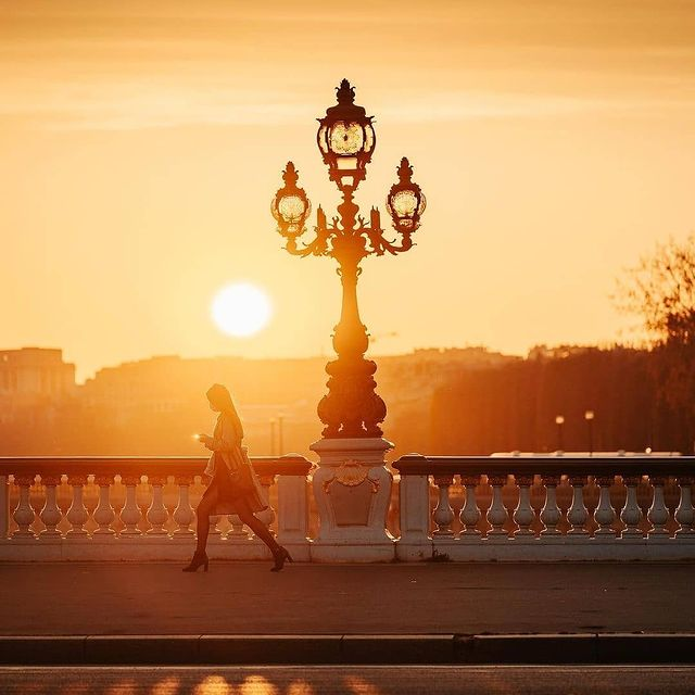 Season of great sunsets in Paris🧡