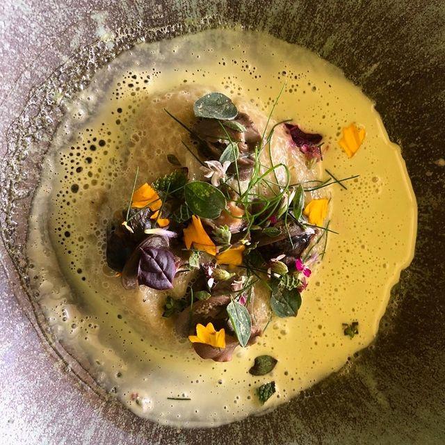 #Repost @edouardloubetofficiel ・・・ Toute la Provence en une cuillère à déguster du 10 au 12 Septembre à @lephebus chez @chef.xaviermathieu à l'occasion de la célébration des 20 ans de son ⭐ #Michelin ! ▪️ #xaviermathieu #lephebus #luberon #joucas #edouardloubet #michelinchef #michelinfrance #luberoncoeurdeprovence #paysaptluberon #relaischateauxsudfrance #frenchchef #4mains #gastronomy #restaurantmichelin #provencetourisme #relaischateaux #lephebusetspa