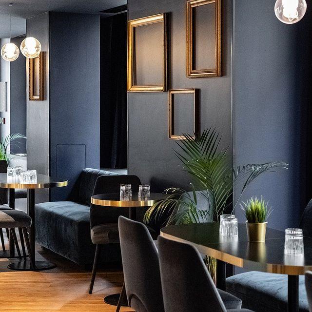 restaurants in champs elysees