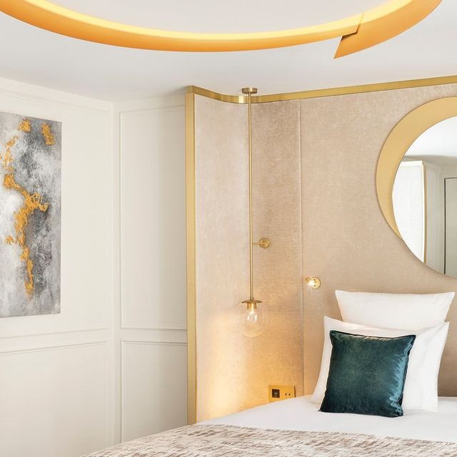 hotels with spa paris