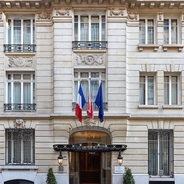 [Paris] 🌞 - Discover the world of the Majestic Hotel & Spa Paris • [Paris] 🌞 - Découvrez l'univers du Majestic Hôtel & Spa Paris • #enjoymajesticdays #ThePreferredLife • #hotelmajesticandspaparis #leshotelsbaverez #paris #sun #terrace #frenchhistory #france #hotellovers #travel #traveltheworld #paris luxurylifestyle #parisianlife #parisjetaime #visitparis #visitparisregion #livethefrenchway #hotellife #parisian #parislife #luxuryhotel #travelandleisure #love #instagood #picoftheday #photographer