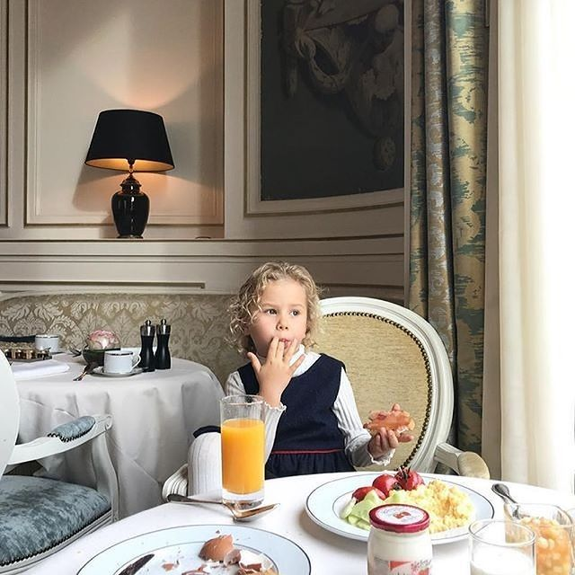 Les petits déjeuners à 𝒍'𝑶𝒑𝒆́𝒓𝒂... Une expérience gourmande qui vaut la peine d'être rêvée ! • Breakfasts at 𝒍'𝑶𝒑𝒆́𝒓𝒂... A gourmet experience worth dreaming of!  📷 @olga_legoshina.jpg   #MontRoyalChantilly #SmallLuxuryHotels #TiaraHotels #OiseTourisme #Chantilly #PartezEnFrance #HautsDeFranceTourisme #TravelFever #Travelling #MyBreakfast #SweetBreakfast #MorningGoals #MorningRoutine #WakeUpGoals #CozyMornings