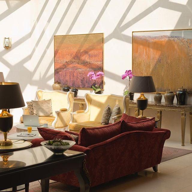Le cadre tranquille et ressourçant du Mont Royal Chantilly se prête à merveille à vos évènements, professionnels ou privés.  Informations par téléphone au +33 (0)3 44 54 50 60. • The restful, rejuvenating setting of Mont Royal Chantilly will lend itself wonderfully to your business or private events. Information by phone on +33 (0)3 44 54 50 60.  #MontRoyalChantilly #SmallLuxuryHotels #TiaraHotels #Chantilly #EspritHautsDeFrance #HautsDeFranceTourisme #IgersFrance #NordFrance #HDF #BeautifulDestinations #SecretEscapes #TakeMeThere