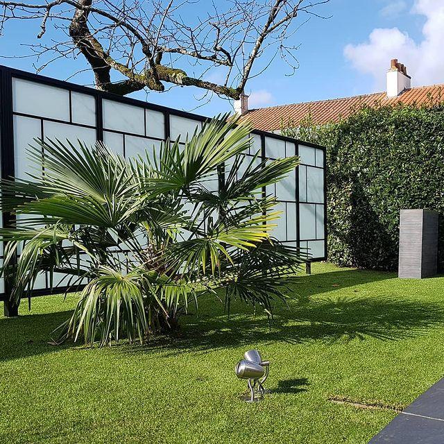 Météo | 12° Comme un air de printemps... #residence #loireatlantique #zenmoment #spa #bienêtre #nantes #instaday #garden #sun #calm #piscine #jardin #swimmingpool #détente #studios #villas #appartements ©Resid'spa