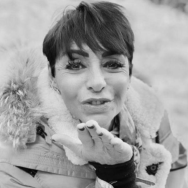 🌟Portrait du Jour - Isabelle - Directrice du San Marco ❤️ #lesanmarco #sanmarco #sanmarcocourchevel #italianrestaurant #courchevel #courchevel1850 #maisontournier #maisontournierstyle #thisiscourchevel