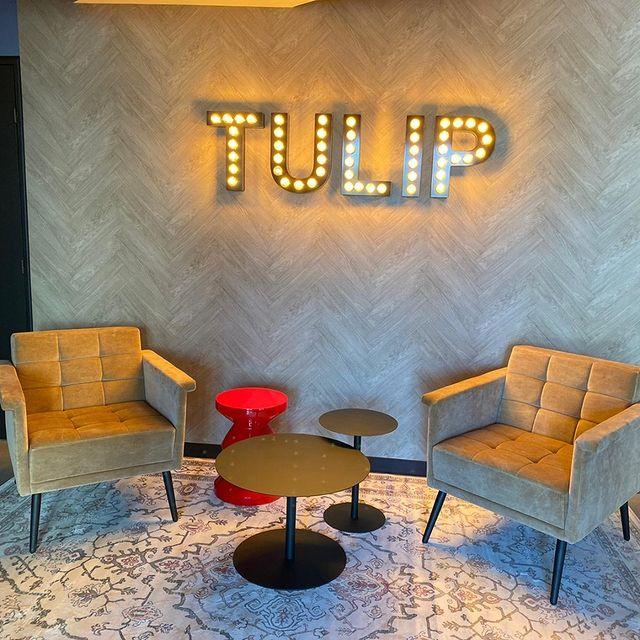 Tic, toc, tic, toc. ⏰ C'est AUJOURD'HUI ! Bienvenue chez Tulip Residences. Notre toute première résidence est ouverte à Joinville-le-Pont. Que prendrez-vous pour le petit-déjeuner ?  Du bon, du local, du frais ? 🌱 C'est exactement ce que nous pouvons vous proposer !  Vous préférez un café dans un lieu cocooning et calme pour votre session de coworking ? C'est possible également. Découvrez nos lieux et laissez vous envahir par l'atmosphère chaleureuse ! 😊   #PerfectStay #StayLiveEnjoy #CityBreak #TakeCare #WelcomeHome #aparthotel #hotel #travel #tourism #apartments #TulipResidence #hotels #tourisme #servicedapartments #businesstravel #familytravel #travel #instatravel #worktravel #citadines #serviceresidence #instadaily #instatravel #hotelstyle #hotelstays #hotelholidays #luxuryhotel #luxuryhotels #hotelrooms #hoteldesign