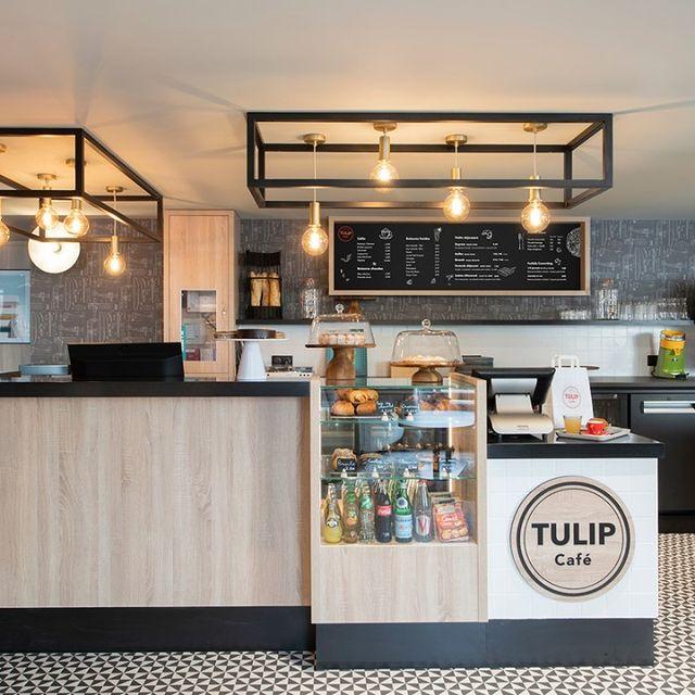 Notre espace café est là pour vous régaler 😋  Sur place, vous pouvez : - bénéficier d'une petite boutique de produits régionaux et de dépannage. À vous les nouvelles saveurs 😍 - bénéficier d'un service pour votre plus grand bien 😇 Vous êtes servis comme des rois 👑  Et en plus, c'est du bon, et du local ! Que demander de plus ?  #PerfectStay #StayLiveEnjoy #CityBreak #TakeCare #WelcomeHome #aparthotel #hotel #travel #tourism #apartments #TulipResidence #hotels #tourisme #servicedapartments #businesstravel #familytravel #travel #instatravel #worktravel #citadines #serviceresidence #instadaily #instatravel #hotelstyle #hotelstays #hotelholidays #luxuryhotel #luxuryhotels #hotelrooms #hoteldesign