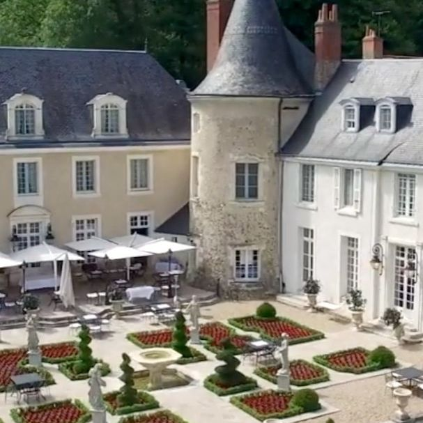 The Younan Collection offers 4 & 5-Star Châteaux/Hotels located throughout France. When you are ready to travel, we will be ready to serve you. Stay safe & healthy. See you soon...